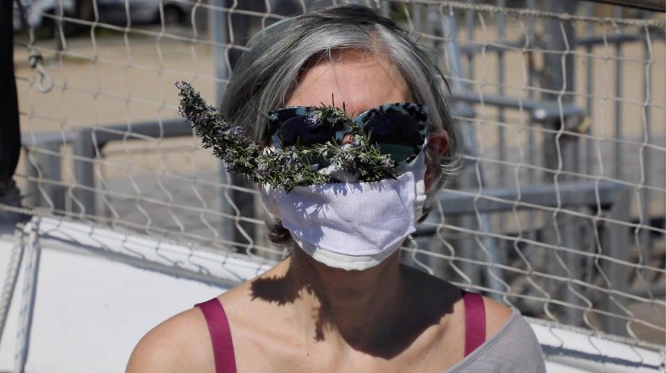 Mask lavandin